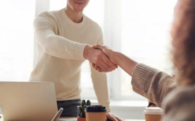 Clause limitative de responsabilité : Qu'est-ce qu'une telle clause dans un contrat ?