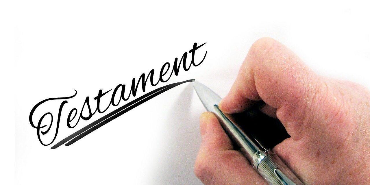 Quelle est la différence entre un testament et une fiducie ?