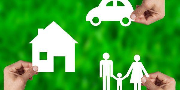 Pourquoi_vous_devriez_obtenir_un_devis_d_assurance_auto_avant_d_acheter_une_nouvelle_voiture